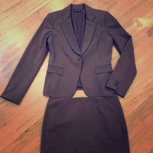 Tahari brown suit jacket with skirt size 6